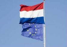Nederlandse en Europese vlag