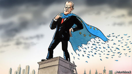Donald Tusk op standbeeld