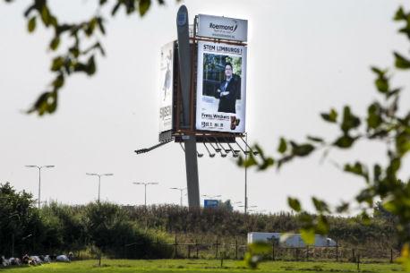 Billboard met Frank Weekers langs de A73