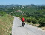 Fietser in Italiaans landschap